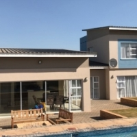 5 BEDROOMED HOUSE - MIDSTREAM ESTATES
