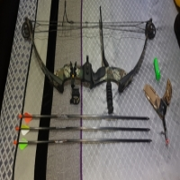 PSE Compound Bow Bundle