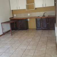 2 Bed flat on plot to rent