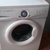 LG intellowasher 7.2kg white front loading washing machine