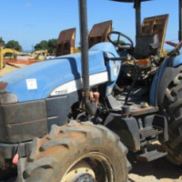 New Holland TD95D, 4 x 4 Tractor