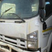 Isuzu 550 Dropside Truck