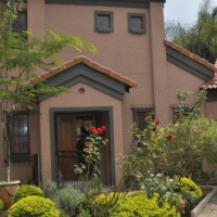2 Bedroom Townhouse To Let in Equestria