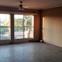 Huge 2 Bedroom Apartment - Villieria