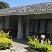 LEVEL FAMILY HOUSE IN ATHLONE PARK!