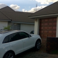 Village on the Ridge, RIDGEWAY  2 Bedroom, bathroom, dining, lounge and storeroom independant lock u