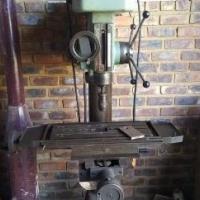 Pedestal drill Industrial