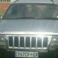 Jeep Cherokee v8 Lexus 4.3 2002 model