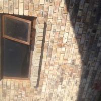 Double Garage/big room to rent in Overbaakens