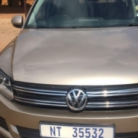 SALES: 2013 VW tiguan for R 165000.00