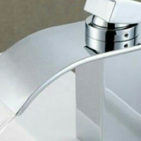 New - Italian Curve Design Square Bathroom Faucet Tap