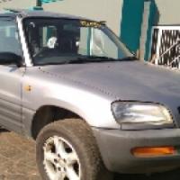 Call Haroon on 1996 Toyota Rav4