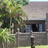 Spacious townhouse to rent Arboretum close to schools and shops