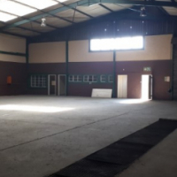 500SQM workshop WITH YARD AND OFFICES to let - IDEAL DISTRIBUTION/STORAGE/light industrial