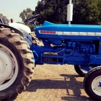 Ford 5000