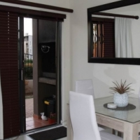 2 Bedroom Apartment in Burgundy Estate