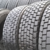 Truck tyres 12R22,5