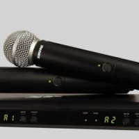 SHURE BLX288/SM58 DUAL CHANNEL HANDHELD WIRELESS SYSTEM.