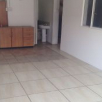 3 x Bedroom attached flat in Mayville Pretoria