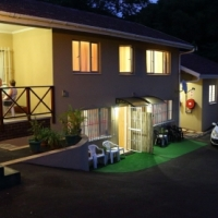 RAGE WEEK - Durban North. 4Sleeper. Clean and Affordable.