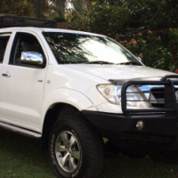 2010 Toyota Hilux 2.5 D4D Raider,  142 000km, Full Service History,
