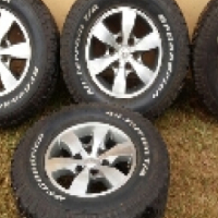 "Toyota Fortuner 16"" Mags For sale."