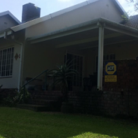 Sectional Unit available - Acutt Mews, Hilton