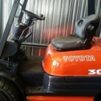 3 ton Toyota forklift