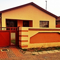 2 Bedroom 1 bath for sale in Thembisa