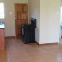 2 Bedroom House R4200