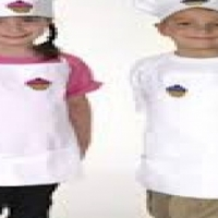 kids aprons & chef hats