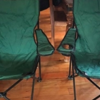 2 foldable camping chairs
