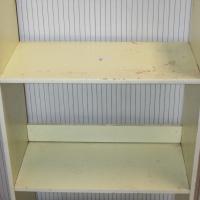 Small bookshelf S024593c