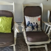 """6 seater """"2rocking chairs"""""""