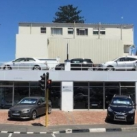 Commercial Space in Parow For Sale