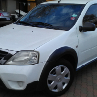 Nissan NP200 with canopy