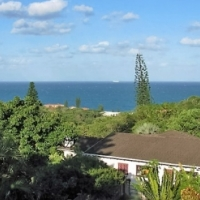 Double storey Ramsgate home set on a lovely stand with sea views - R1,25m
