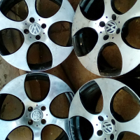 VW Golf 17 inch rims for sale
