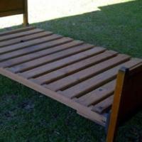 Driekwart eikehout bed