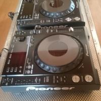 Pioneer CDJ 850K Pair