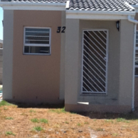 SPECIAL OFFER: 2 BEDROOM FREE STANDING HOUSE, BELLA DONNA ESTATE, BLUE DOWNS