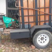 Diesel trailer is op die pad en papiere en lisensie is alles op datum