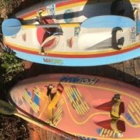 2 Canoes with paddleski