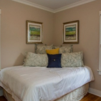 1br - Newly Renovated Furnished 1 Bedroom Apartment for Rent