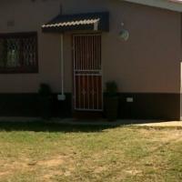 URGENT SALE large property Family home+flatlet