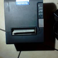 Epson TM-T88VP Thermal Receipt printer used 4 times comes with cables, paper and power supply