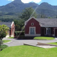 Three bedroom townhouse in retirement village for rent