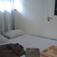Fully furnished Bedroom for rent in Flat close to UCT and all amenities. Rosebank area