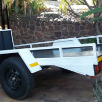 Trailer ,Axle 1,5 ton ,roadworthy with papers.3 mtr flatbed.