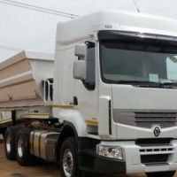 Side tippers 34 ton links for Johannesburg to Maputu